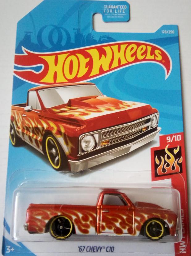 Машинка Hot Wheels 2019 67 Chevy C10