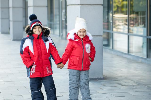 Зимняя одежда мальчикам и девочкам