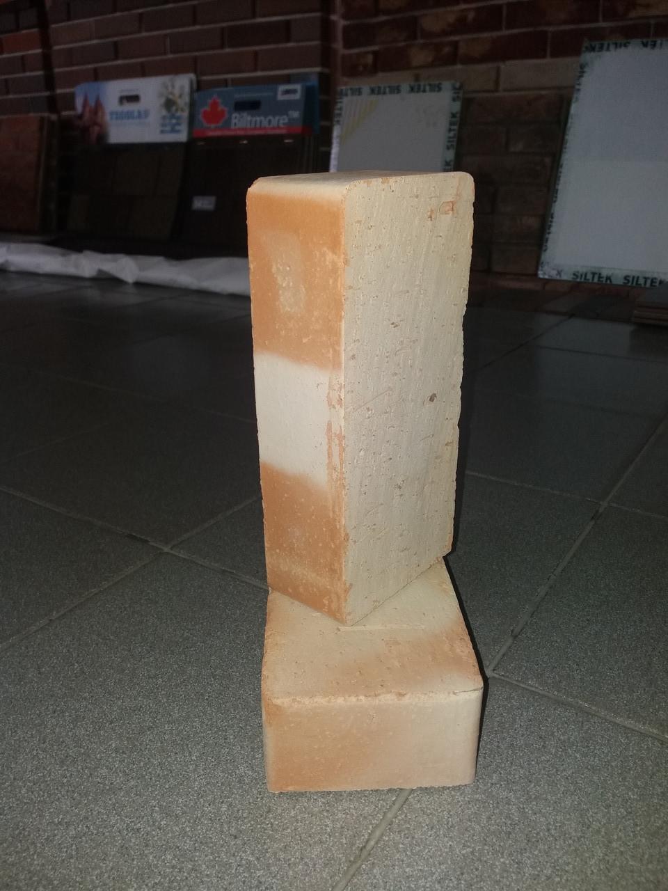 Кирпич керамический полнотелый М-200 печной ( Магелев )