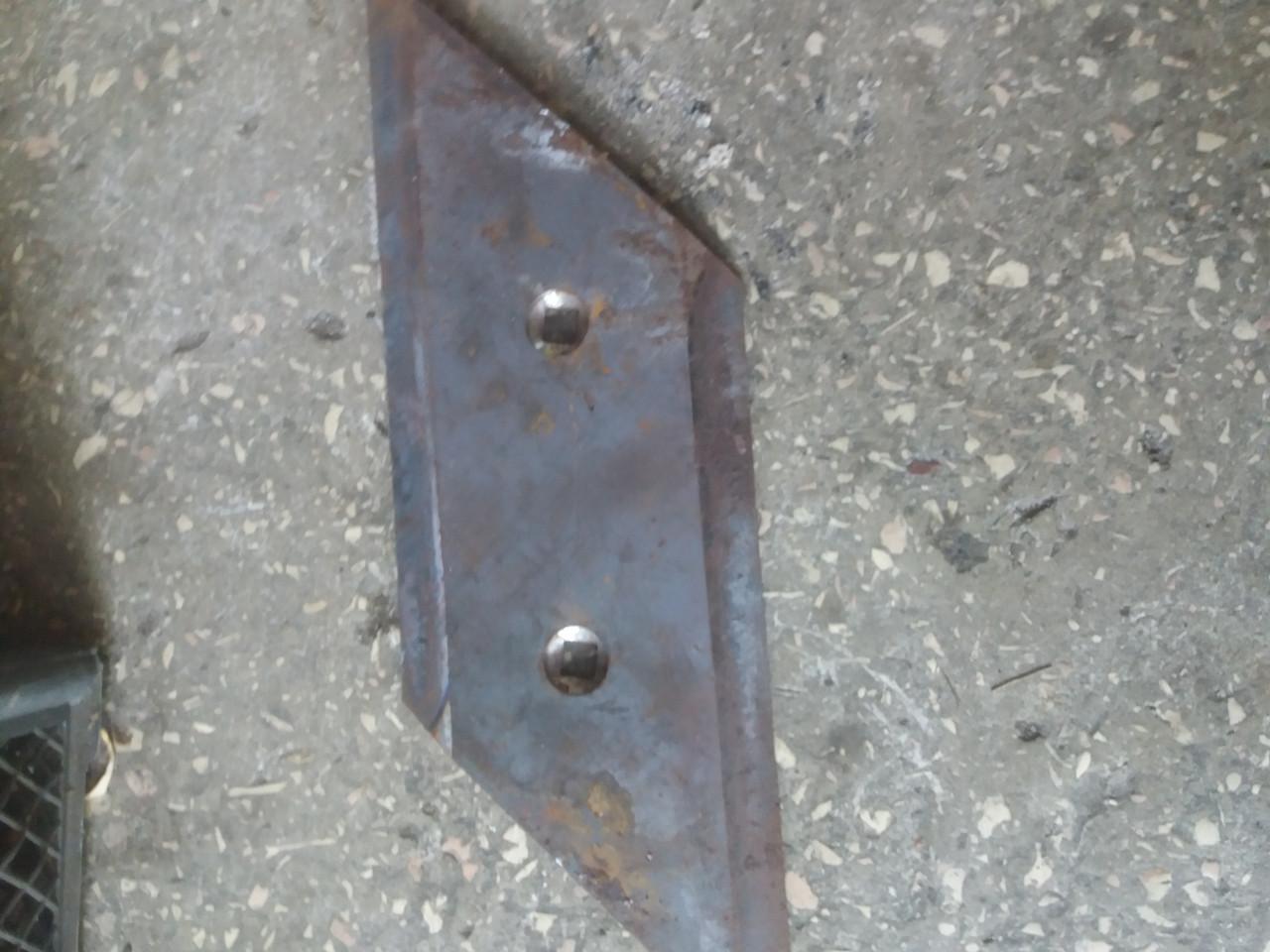 Нож (Лемех) левый на Плуг ПСКу