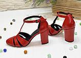 Босоножки женские красные кожаные на высоком устойчивом каблуке, фото 2