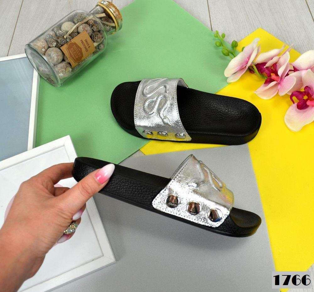 Женские шлепки серебристого цвета из натуральной кожи (под бренд) 39 ПОСЛЕДНИЕ РАЗМЕРЫ