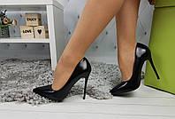 Туфли-лодочки женские на шпильке, черные, материал - кожа, код SL-934