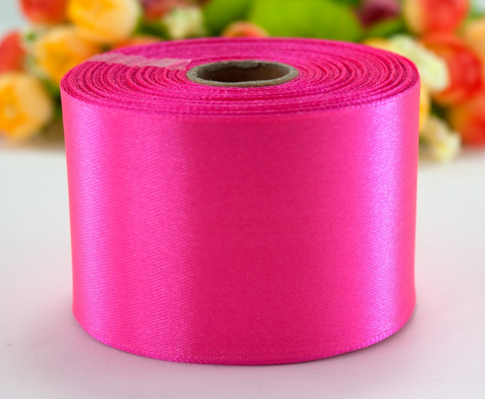 "Лента атласная 5см ширина (25 ярдов) ""LiaM"" Цена за рулон. Цвет - Ультра розовый (яркий!)"