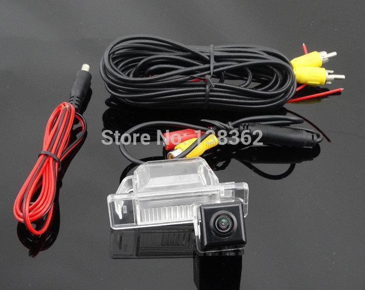Камера заднего вида Nissan X-TRAIL 2008 2009 2010 2011 2012 годы выпуска, цветная матрица CCD