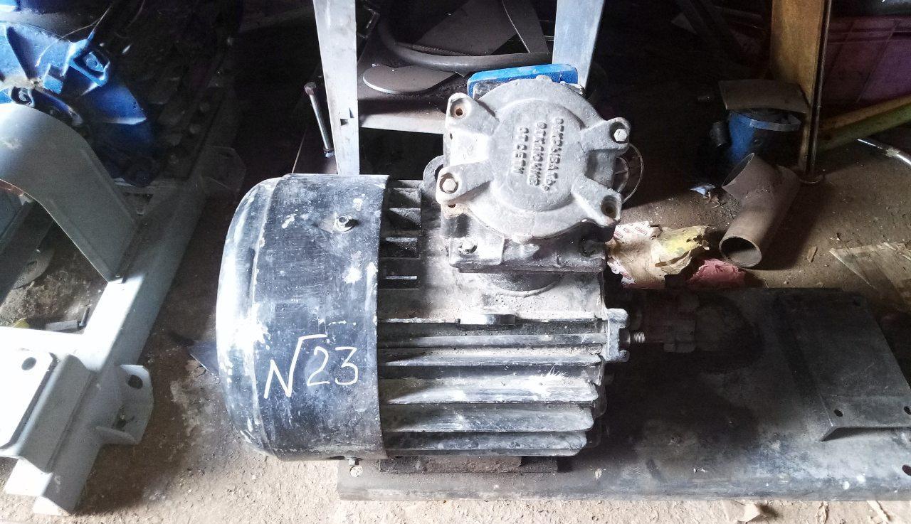 Асинхронний електродвигун ВАО 71-4 У2