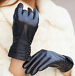 Как выбрать и купить кожаные женские перчатки?