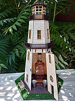Оригинальный деревянный мини-бар «Маяк» с декоративными элементами