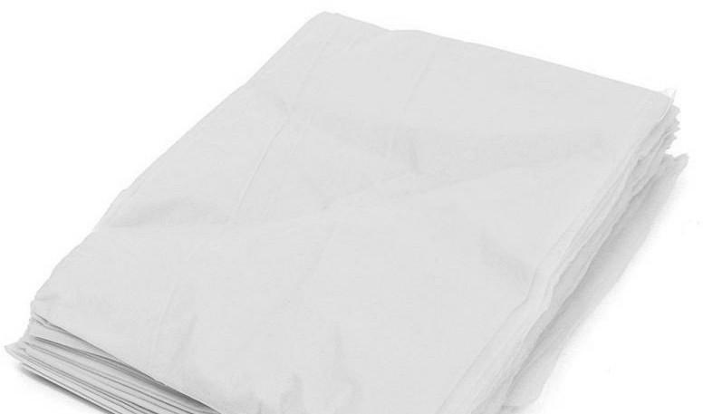 Пеньюар для парикмахерских работ 0.9*1.6м Panni Mlada (50шт в упаковке) из полиэтилена Белый 10 УП 500 ШТ