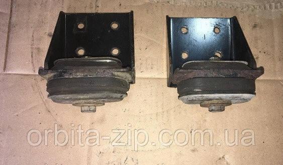 642290-1302111 Опора крепления радиатора МАЗ (боковая) (2-й сорт)