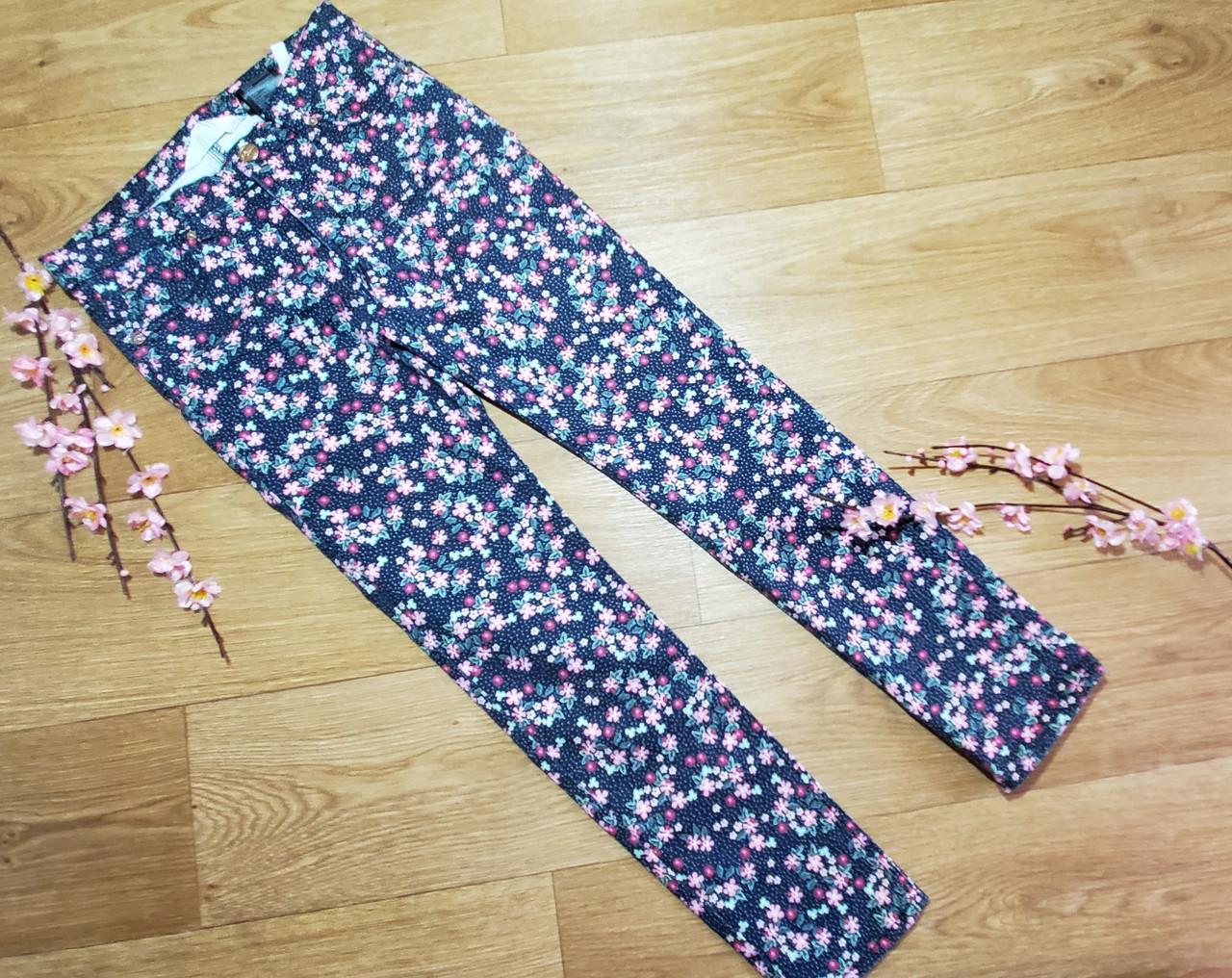 Стильные котоновые брюки скинни джегинсы на девочку в цветочек H&M (Англия)