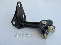 Ролик боковой двери MB Sprinter 06- (верхний)