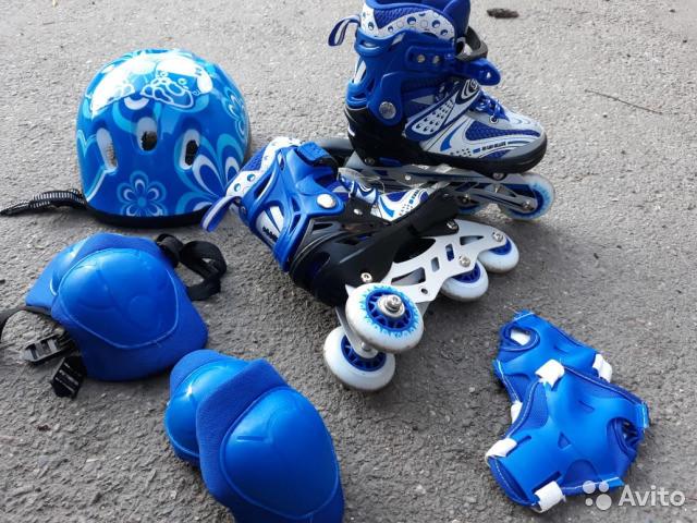 Роликовые коньки, ролики, раздвижные, безшумные, с защитой, шлемом, качественные, прочные, надежные