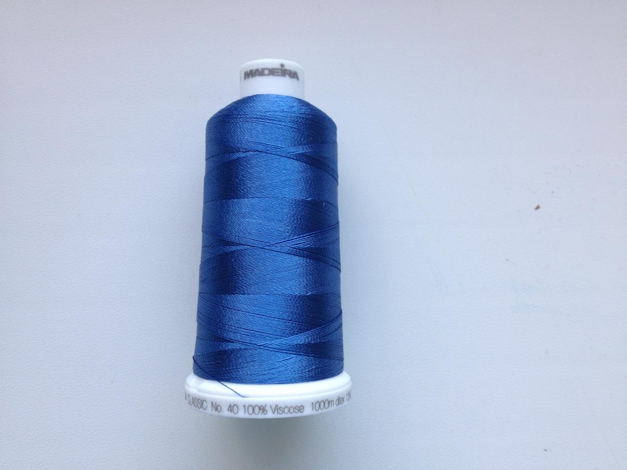 Нитки для машинной вышивки   Madeira Classic №40.  цвет 1175 ( СВЕТЛО - СИНИЙ ).  1000 м