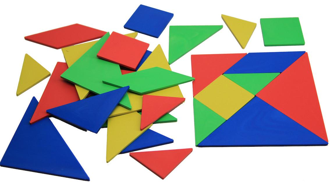 Набір Танграм, 10*10см, 4 кольори, 28 частини, пластик, в поліетиленовому пакеті