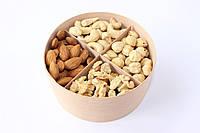 """Подарунковий Набір Коробочка з Горіхами 320 г """"Lovely nuts"""""""
