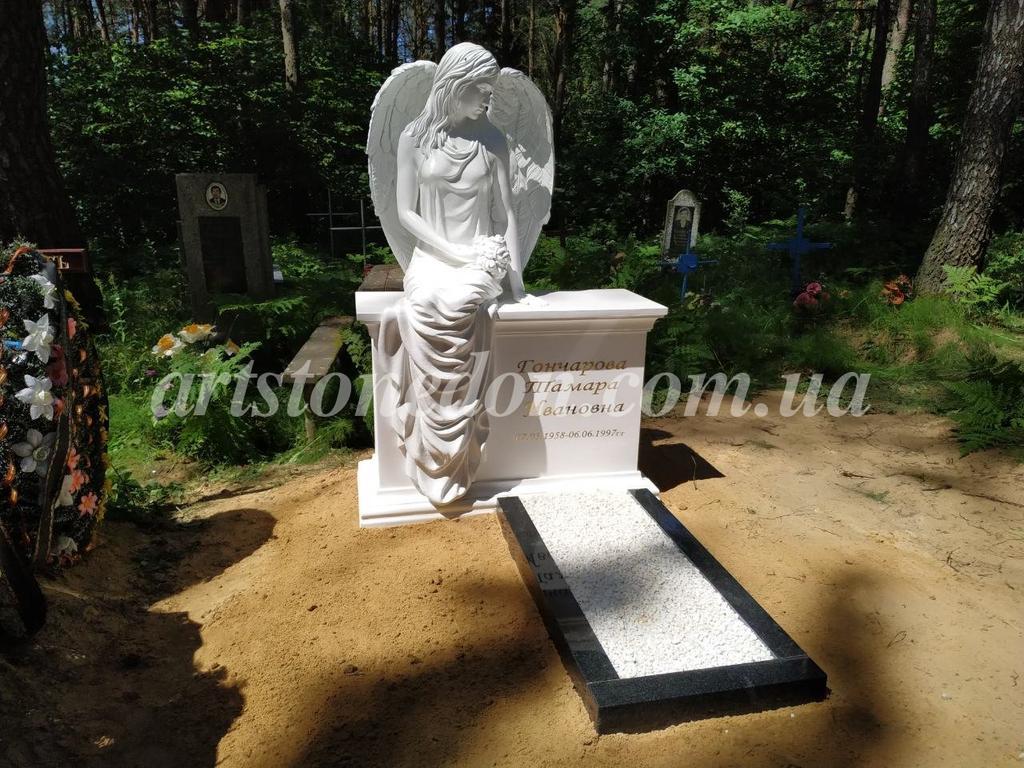 Памятник с ангелом из литьевого полимера (установлен в Беларуссии) 5