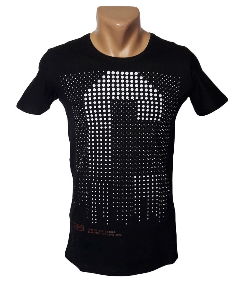 Черная футболка - №5042