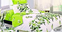 Яркое постельное белье двухспального размера.