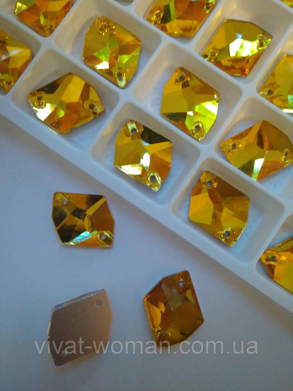 Стразы пришивные Космик (ломаный ромб) 13х17 мм Topaz (золотой), стекло