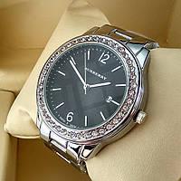Женские кварцевые часы Burberry А57 на металлическом браслете, серебряного цвета, черный циферблат с датой