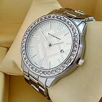 Женские кварцевые часы Burberry А57 на металлическом браслете, серебряного цвета, серебряный циферблат с датой