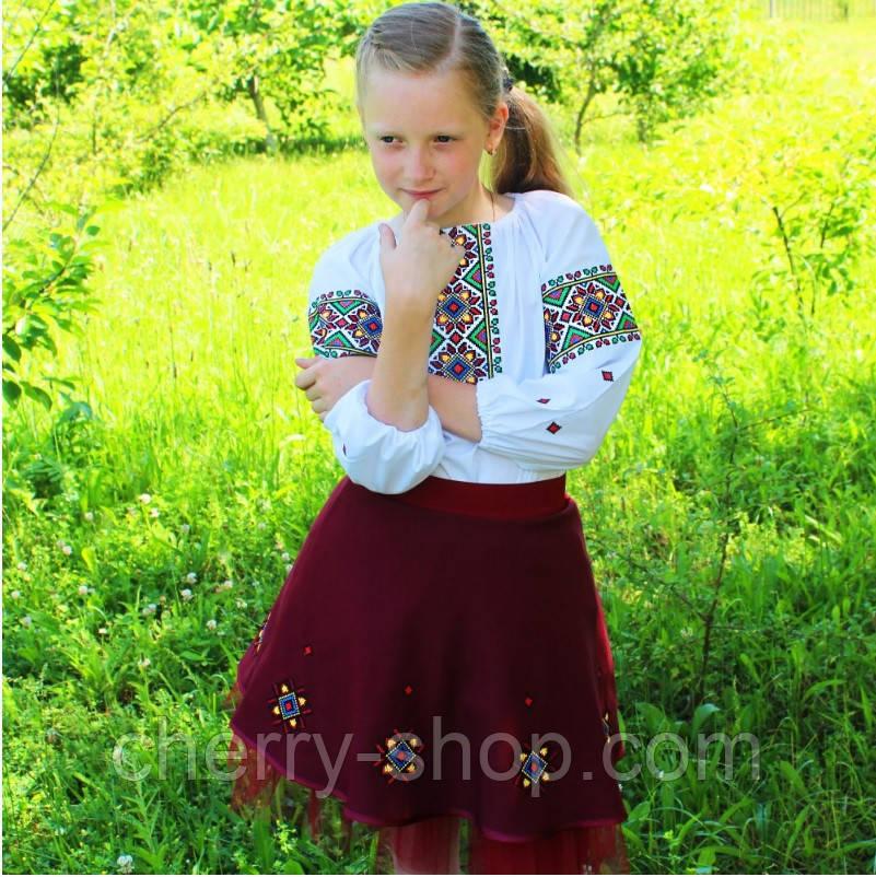 Детский вышитый комплект : блуза с юбкой