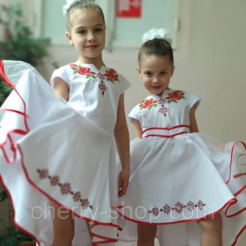 Красивое белое нарядное платье для девочки с вышивкой
