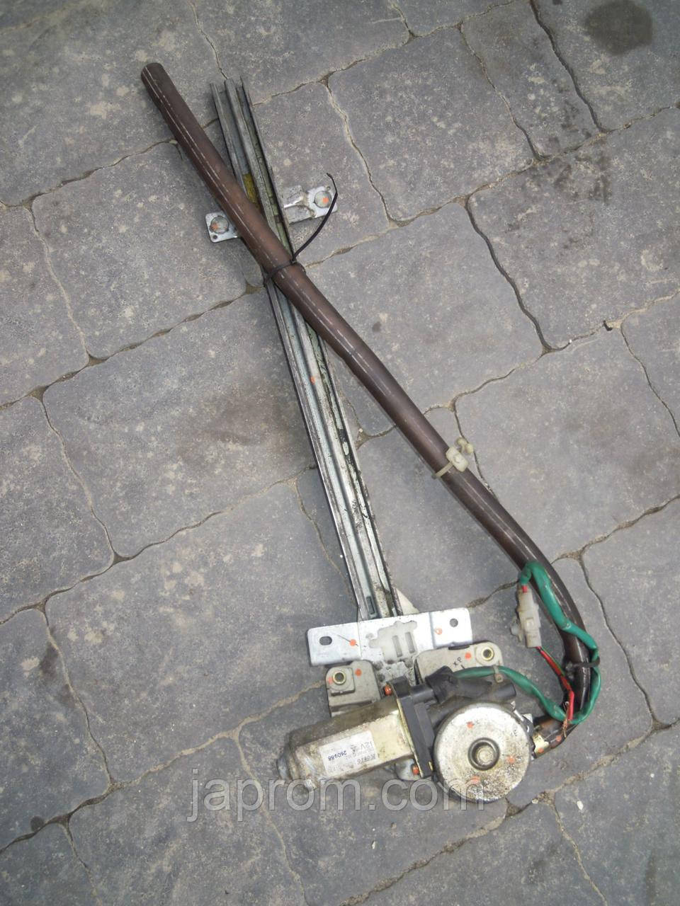 Стеклоподъемник передний правый электрический Mazda MPV (I) 1989-1999 г.в.