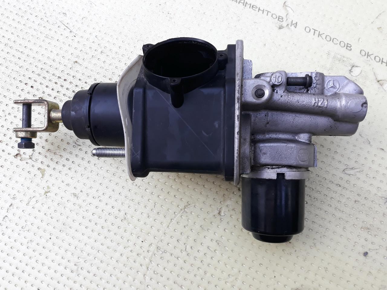 Вакуумний підсилювач гальм ВУТ мерседес 211 Mercedes w211 A0004300312 0004300312