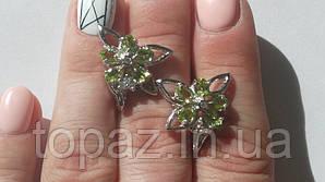 Серьги серебряные 925 натуральный перидот, цирконий.