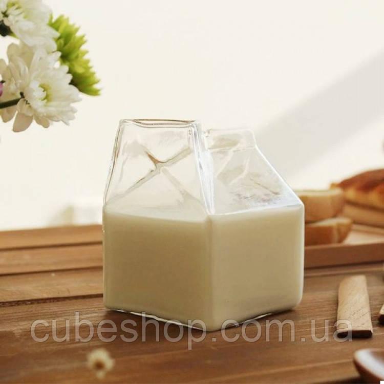 Стеклянный стакан для молока