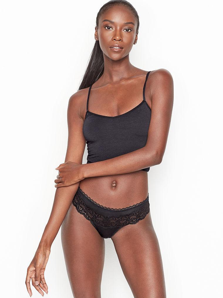💋 Трусики Стринги Victoria's Secret Lace-detail Thong Panty S, Черные