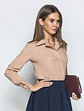Однотонна блуза прямого крою з виложистими коміром і довгим рукавом, фото 4