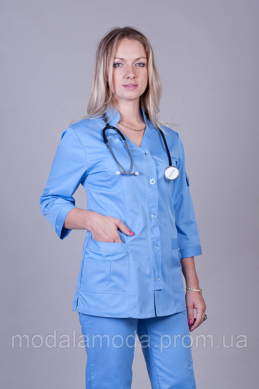 Костюм медицинский женский с привлекательным однотонным синим цветом
