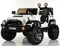 Детский электромобиль Джип Jeep Wrangler M 4111 EBLR-1 белый (красный, черный), колеса EVA, двухместный.