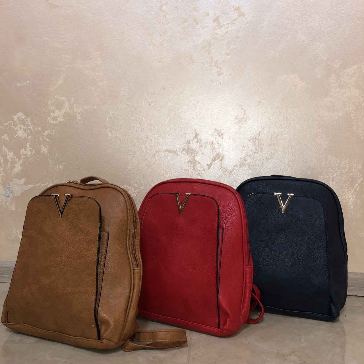 Жіночі сумки-рюкзаки