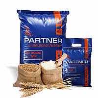 Удобрение с микроэлементами Партнер Partner Standard 20.20.20 хелатное 2,5 кг PARTNER