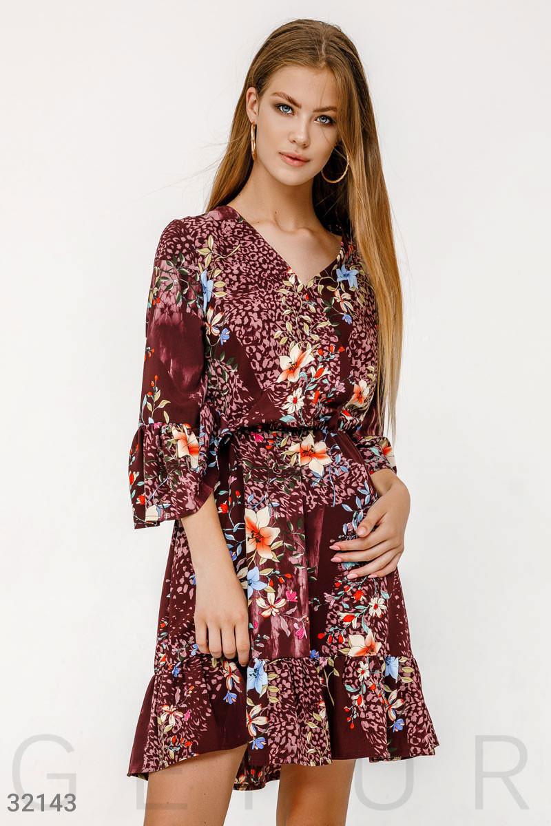 Цветочное платье на запах с воланами