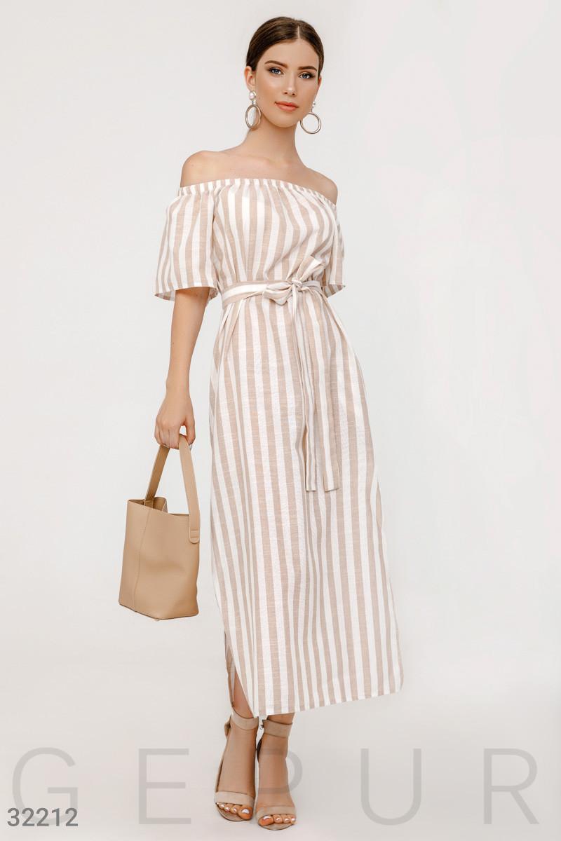Длинное платье в полоску на лето с открытыми плечами
