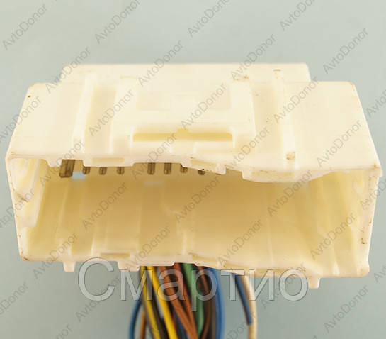 Разъем электрический 24-х контактный (68-32) б/у