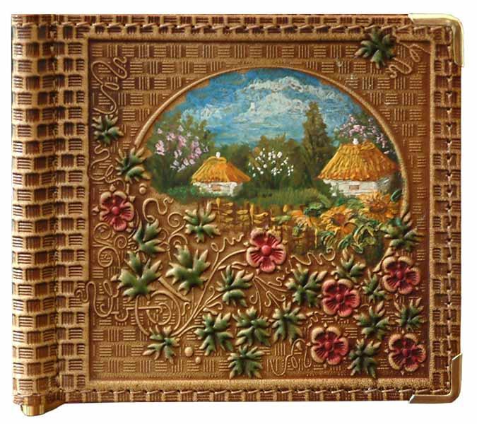 """Зажим для денег кожаный компактный с художественным тиснением и ручной росписью """"Барвинок"""". Цвет коричневый"""