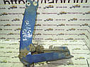 Петля нижняя правой двери багажника Mercedes Vito W638 1995—2003г.в., фото 4