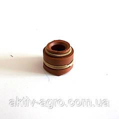 Сальник клапана КАМАЗ красн. (262) (пр-во Россия)