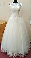 73.2 Свадебное платье-маечка с вышивкой и кружевом цвета ivory, размер 48