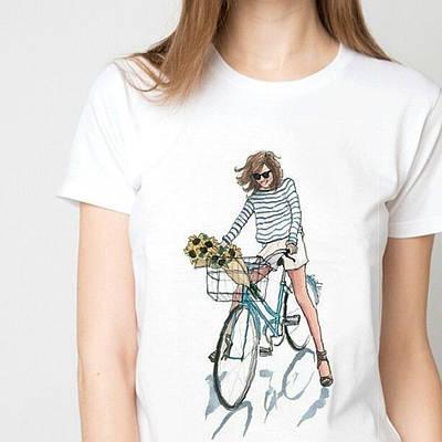 """Футболка женская белая с рисунком """"Девушка на велосипеде"""""""