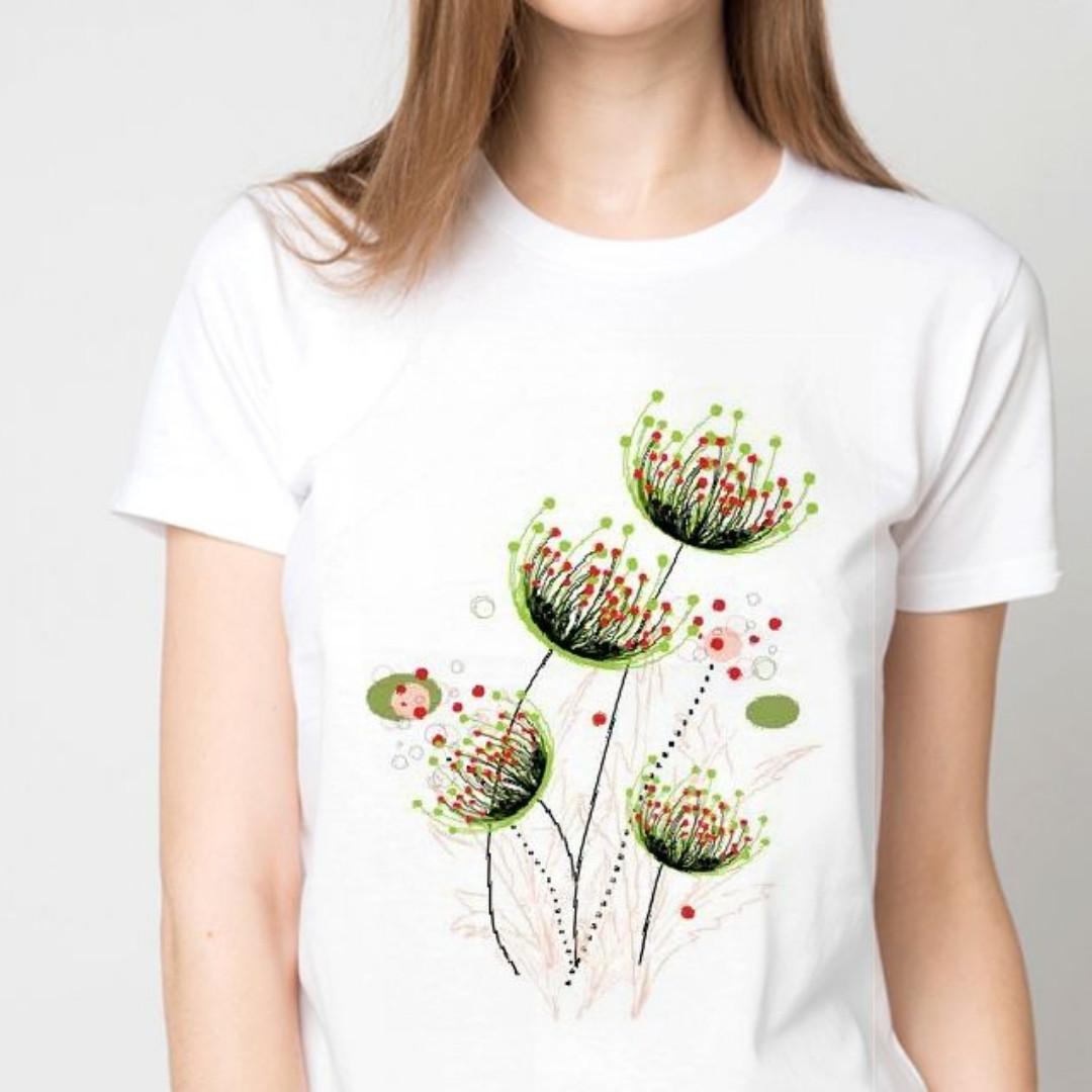 Футболка женская нежные цветы
