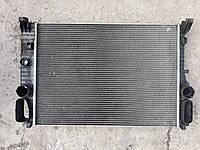 Радиатор охлаждение двигателя основной Mercedes w211 оригинал бу A2115003102 2115003102, фото 1