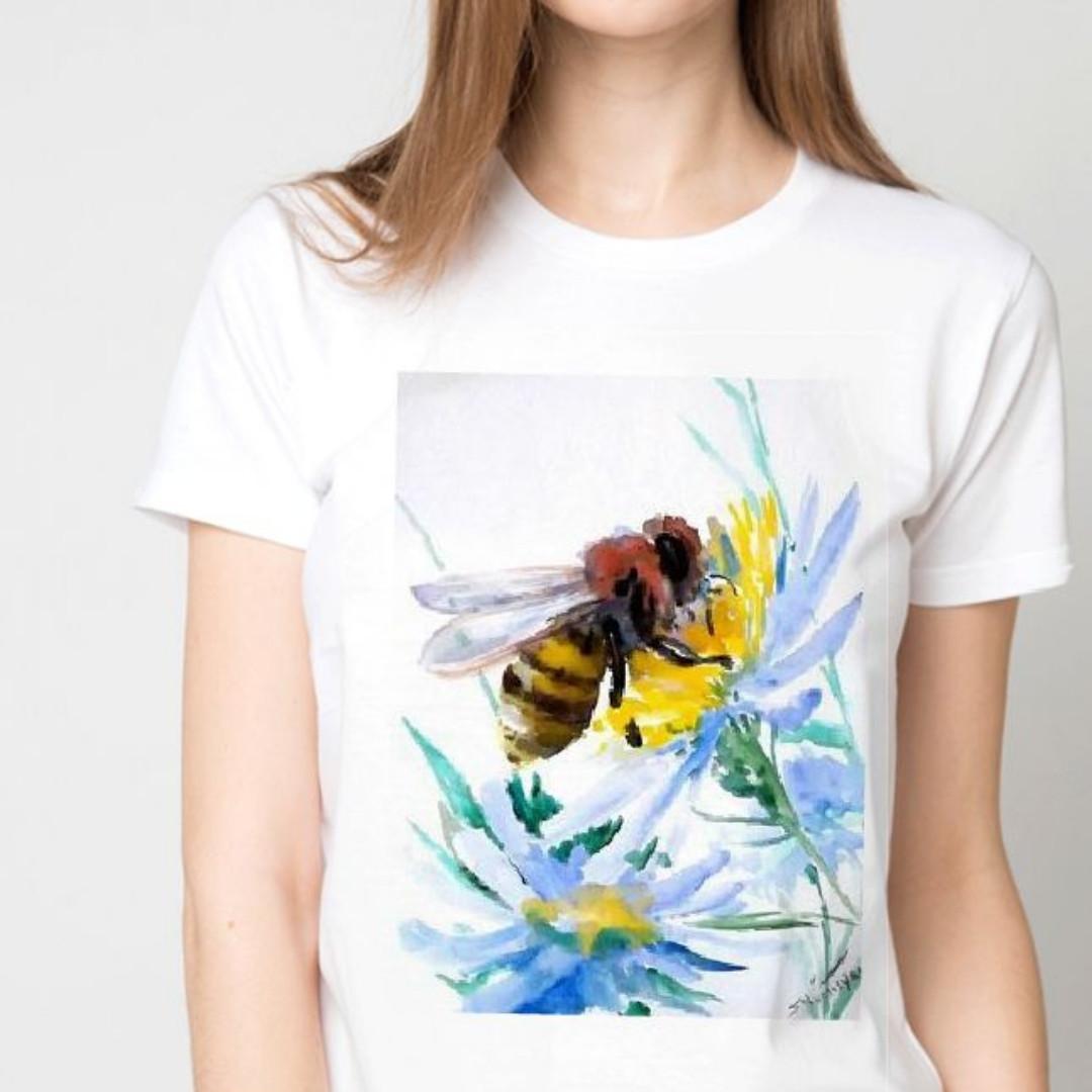 Футболка женская пчелка на цветочке
