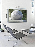 Фотографическая картина с часами «Белый мяч»